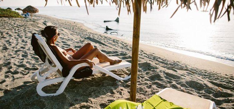 Quel site réserver pour combiner vacances au soleil et naturisme ?